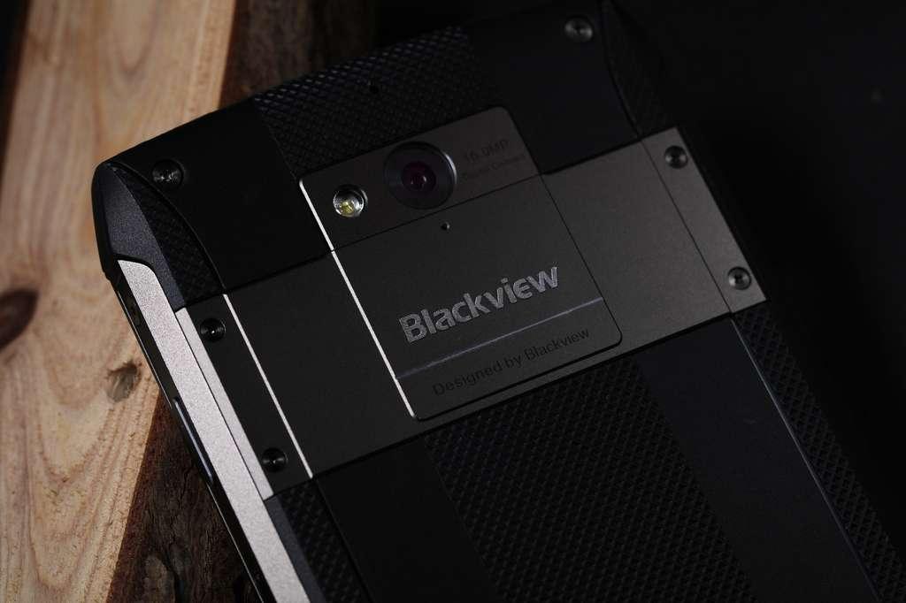 Blackview BV8000 Pro камера