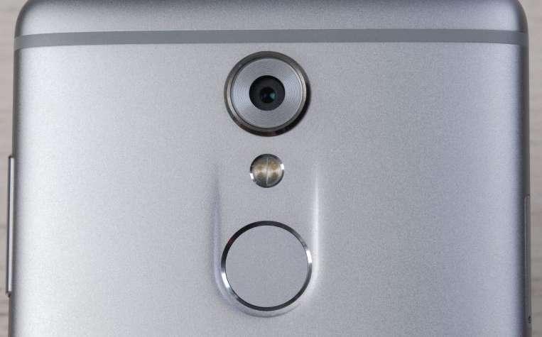 ZTE Axon 7 Mini Основная камера