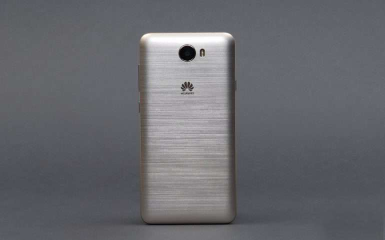 Huawei Y6 Pro задняя панель