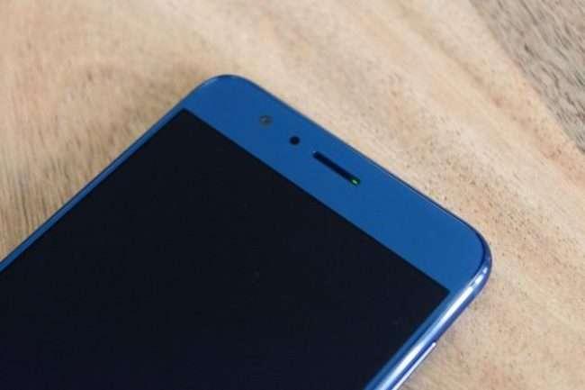 Huawei Honor 8 Lite фронтальная камера