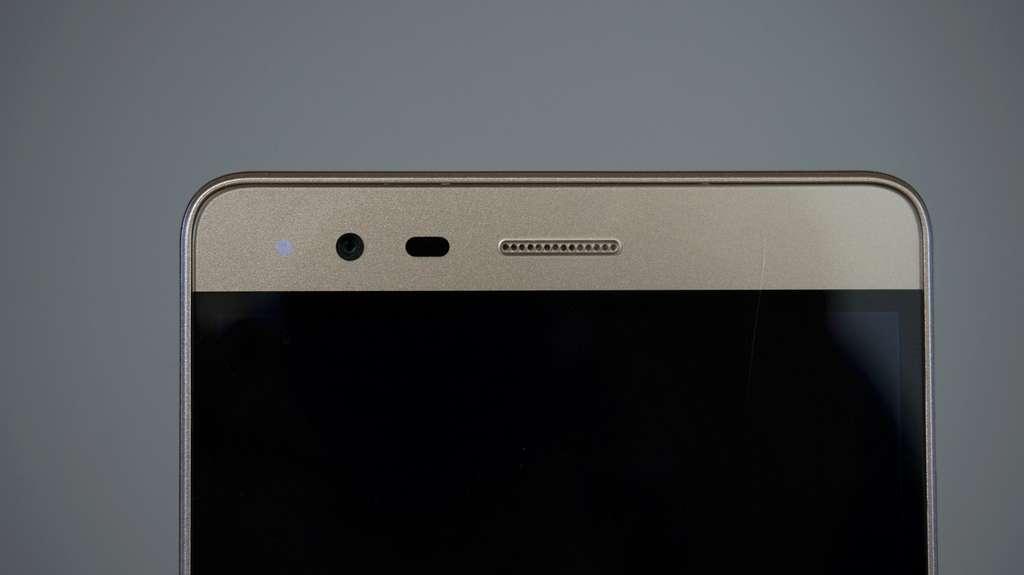 Lenovo K5 Note фронтальная камера