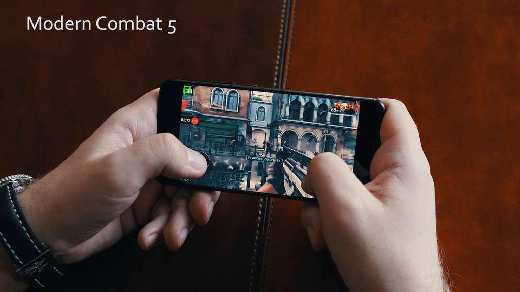 Huawei P10 Premium игра