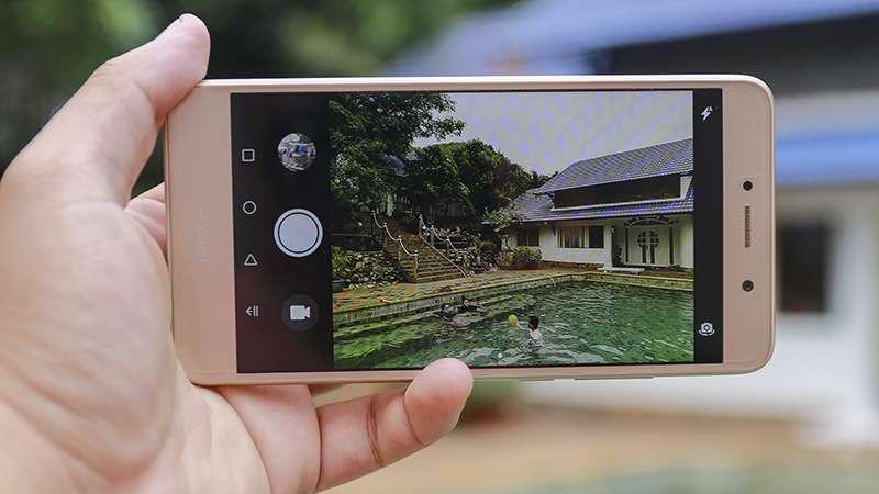 Huawei Y7 камера
