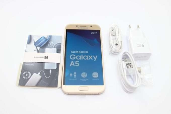 Комплектация Samsung Galaxy A5 2017