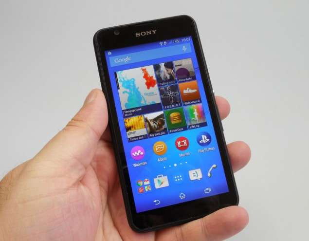 Sony Xperia E4g дисплей