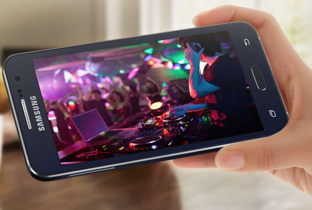 Samsung Galaxy A3 2017 дисплей