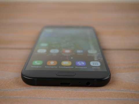 Разъёмы для наушников и для зарядки Samsung Galaxy A7