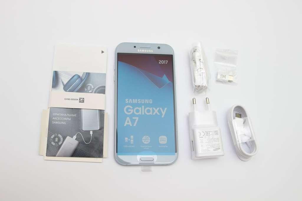 Комплект смартфона Samsung Galaxy A7