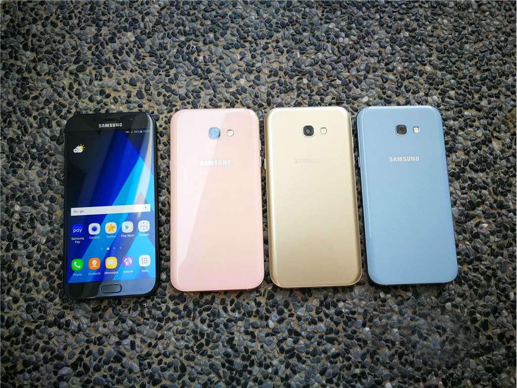 Цвета Samsung Galaxy A7