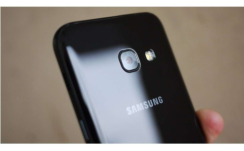 Основная камера Samsung Galaxy A3 2017