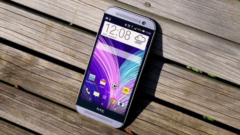 дисплей HTC One M8