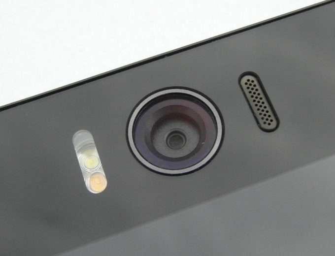 ASUS ZenFone Selfie фронтальная камера