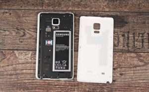 Galaxy Note Edge под крышкой