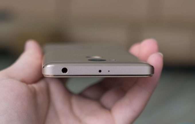 Обзор Xiaomi Redmi 4 Prime верхняя грань
