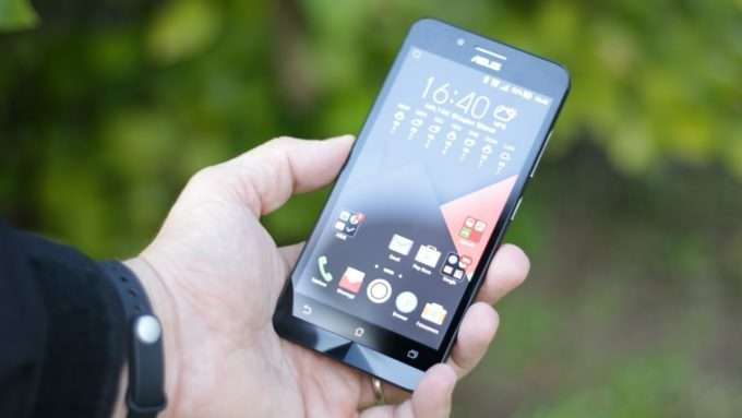 Asus ZenFone Go дисплей