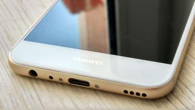 Huawei Nova 2 динамик