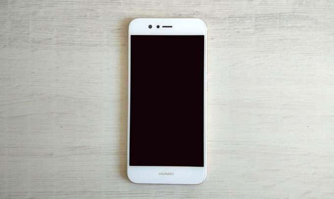 Huawei Nova 2 лицевая сторона