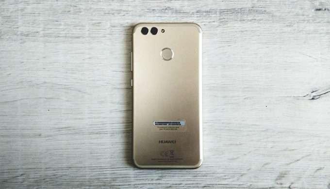 Huawei Nova 2 обратная сторона
