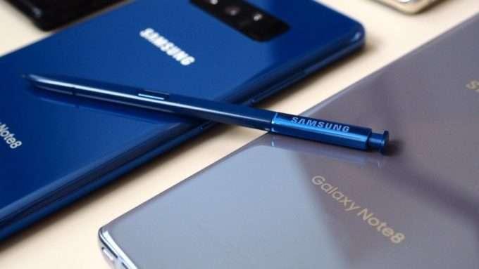 Samsung Galaxy Note 8 стилус