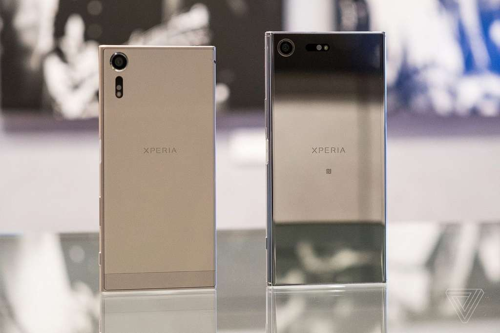 Улучшеный телефон Sony Xperia XZs