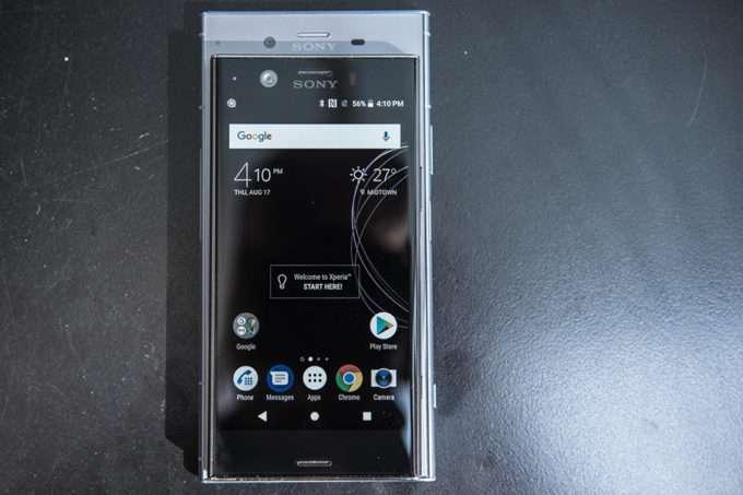 дисплей Sony Xperia XZ1