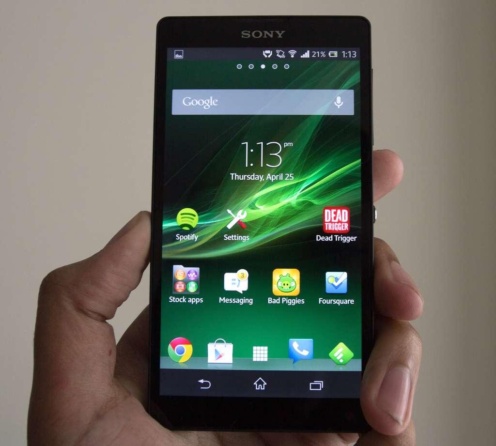 Sony Xperia ZL экран