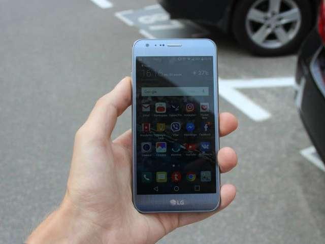 LG X Cam экран