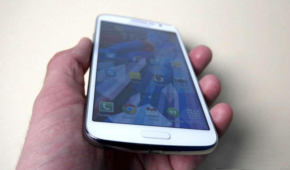 Samsung Galaxy Grand 2 дисплей