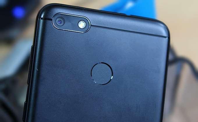 Основная камера смартфона дополнена быстрым фазовым автофокусом
