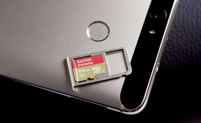 слот для карты памяти и сим карты Huawei Nova
