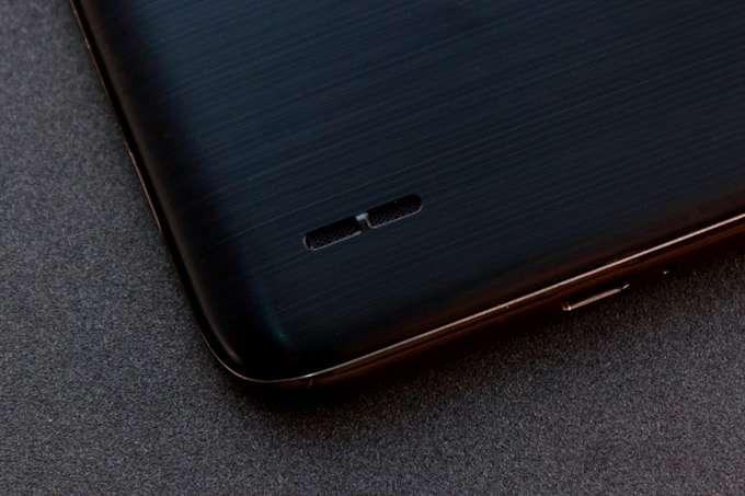 LG K10 динамик