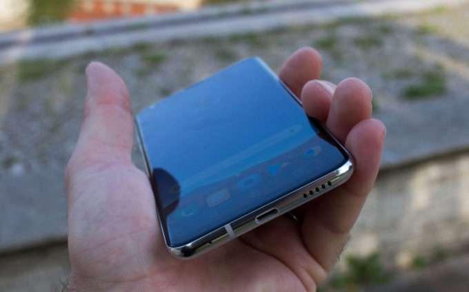 динамик LG V30