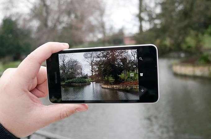 Microsoft Lumia 550 камера