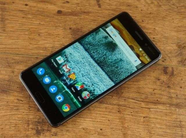 Передняя панель Nokia 6
