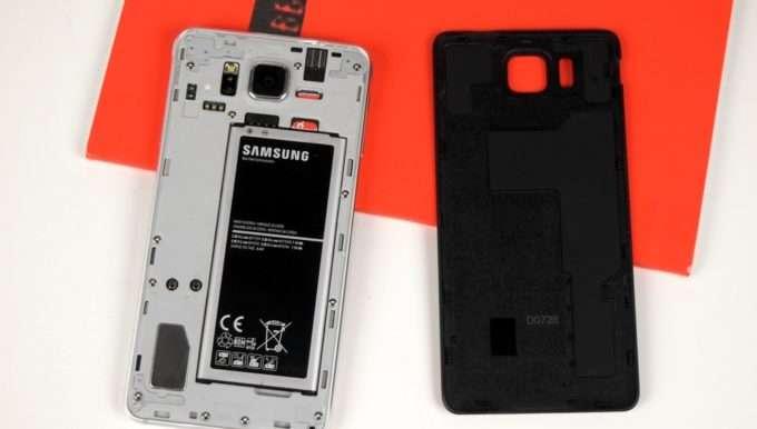вид телефона без крышки, съемная батарея