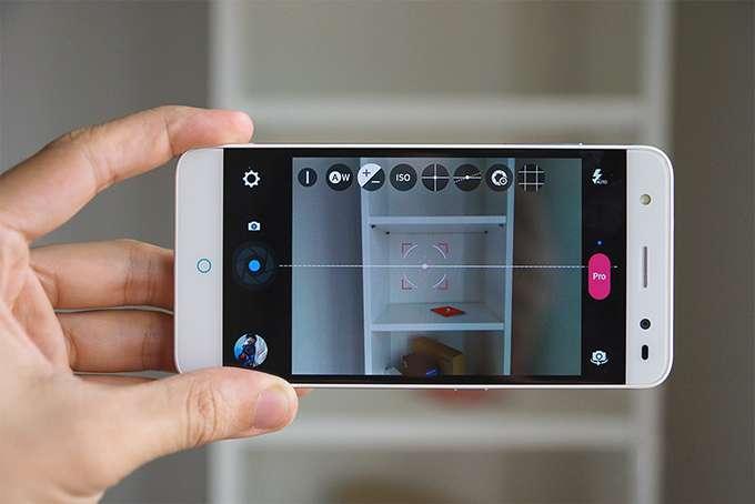 ZTE Blade V7 Lite камера