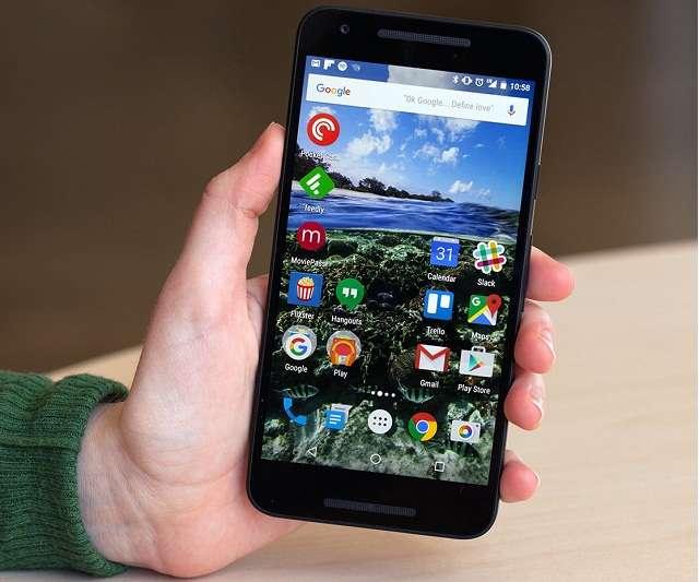 дисплей LG Nexus 5X