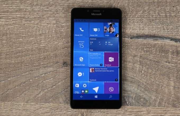 Microsoft Lumia 950 лицевая панель