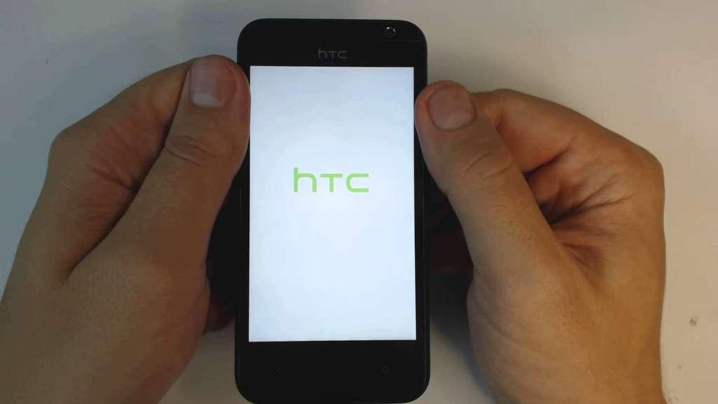 дисплей HTC Desire 300 диагональю 4,3 дюйма