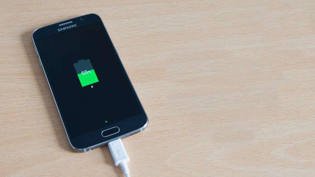 Samsung Galaxy S6 аккумулятор