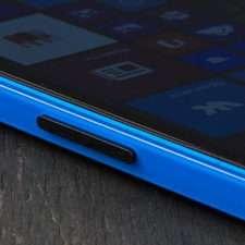 Microsoft Lumia 640 Dual Sim правая грань
