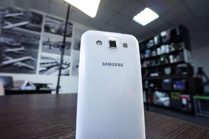 Samsung Galaxy Win Камера