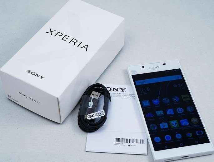 Комплектация Sony Xperia L1.