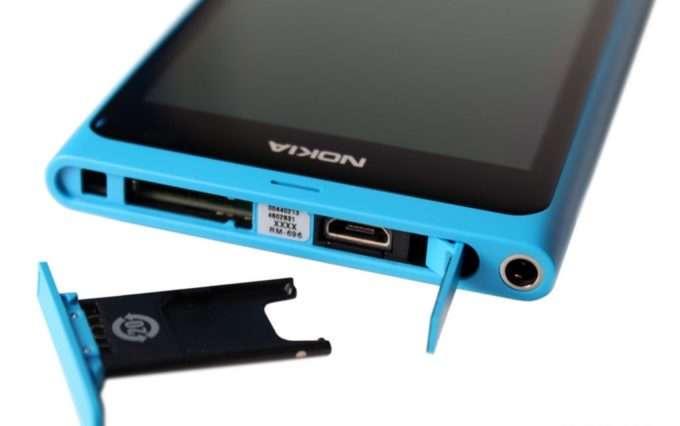 Верхний торец Nokia N9