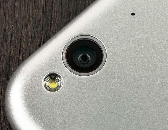 ZTE Blade S6 камера