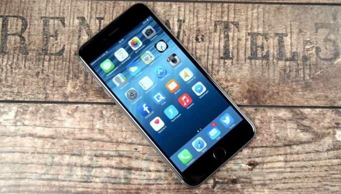 iPhone 6 Plus дисплей смартфона