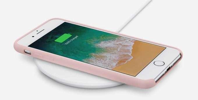 айфон на зарядке