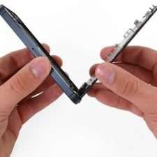 Что делать если на айфоне отошел экран