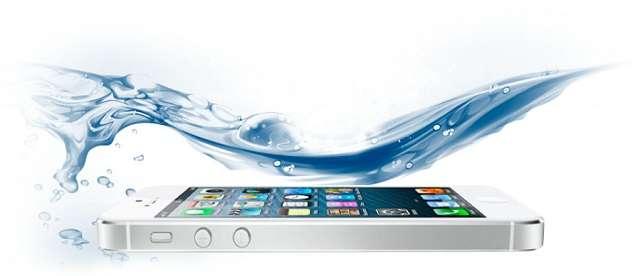 попадание воды на iPhone