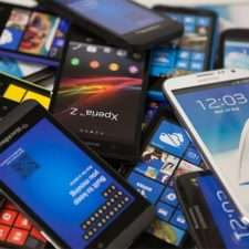 Какой смартфон лучше купить для интернета